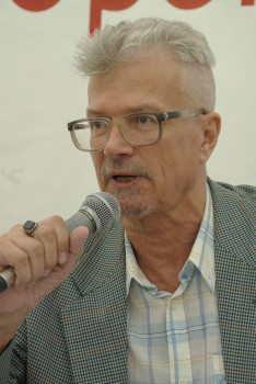 Russian writer Eduard Limonov at the 6 Moscow International Book Festival in 2011 - photo credit Rodrigo Fernandez